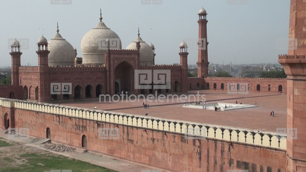 essay on badshahi mosque lahore Badshahi masjid 1 it is situated in lahore, pakistan 2 it was built in mughal era,  under the supervision of mughal emperoraurangzeb.