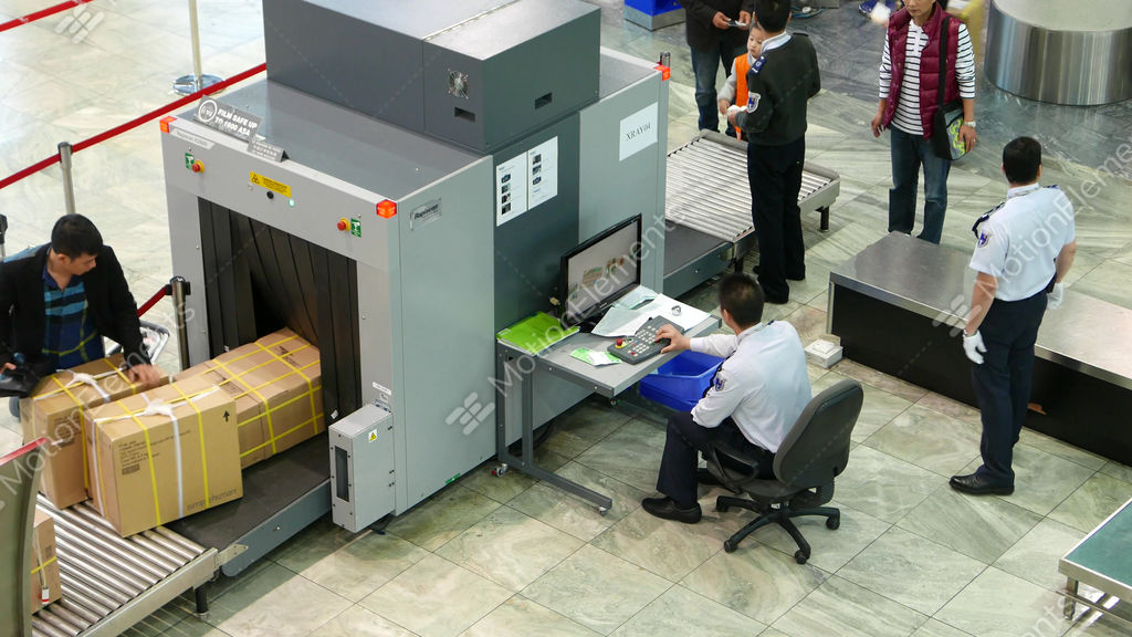 x ray scanner in airport  security inspection for x ray clip art free x ray clip art free