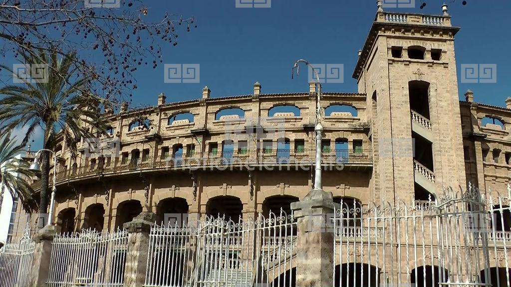 Spain Palma De Mallorca 030 Old Bullring With Iron Fence  -> Vintage Möbel Palma De Mallorca