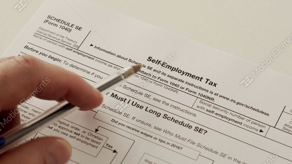 Irs Form 1040 Schedule Se Self Employment Tax Stock Video Footage